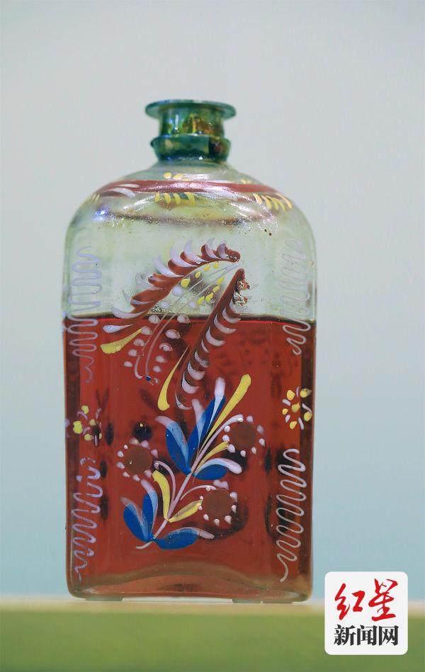 冰片油 清 故宫博物院藏(摄影:动脉影)